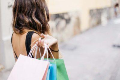 Наружная реклама побуждает покупать больше